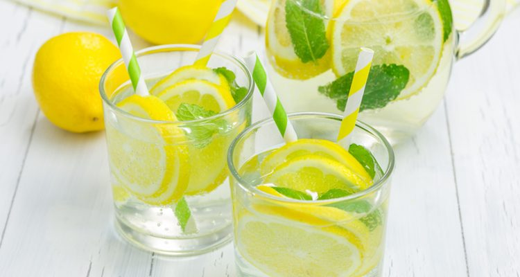 Improve your health with a glass of lemon water!